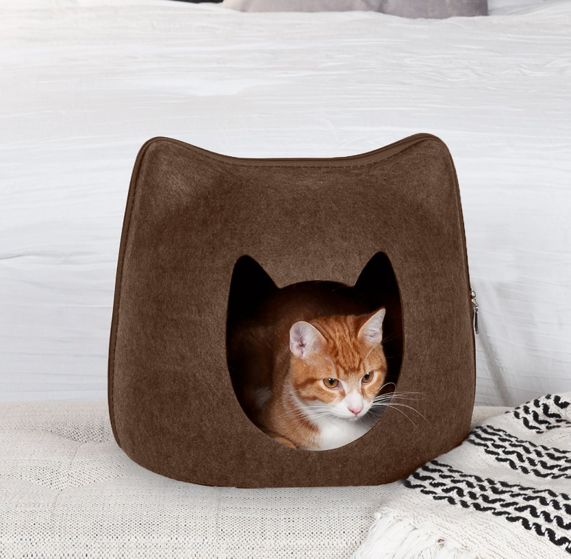FurHaven Kitty Shaped Felt Cubby Cat Bed